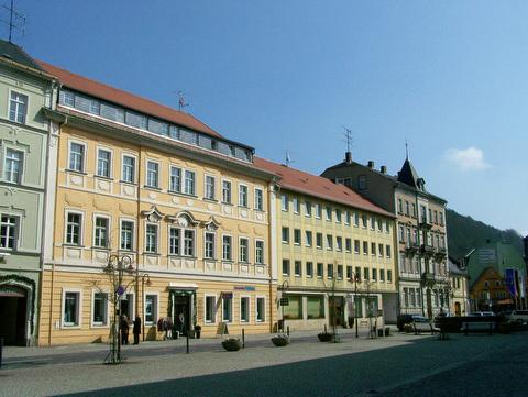 Nordseite des Marktes demnächst mit Sendigbrunnen