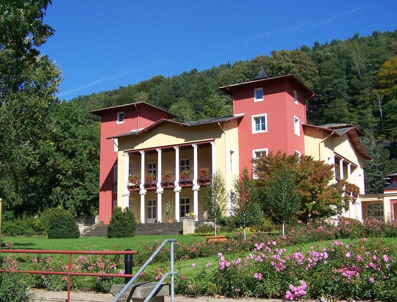 Kurpark Kirnitzschtalklinik